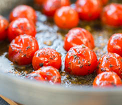 Pan-fried Cherry Tomatoes with Pesto
