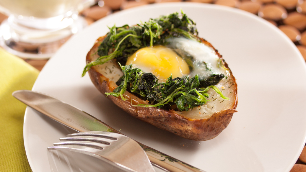 Baked Potato and Eggs Florentine