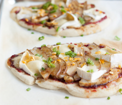 Orange-cranberry Chicken and Brie Flatbread Pizza