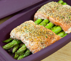Silicone Steamer 4 Minute Salmon and Asparagus