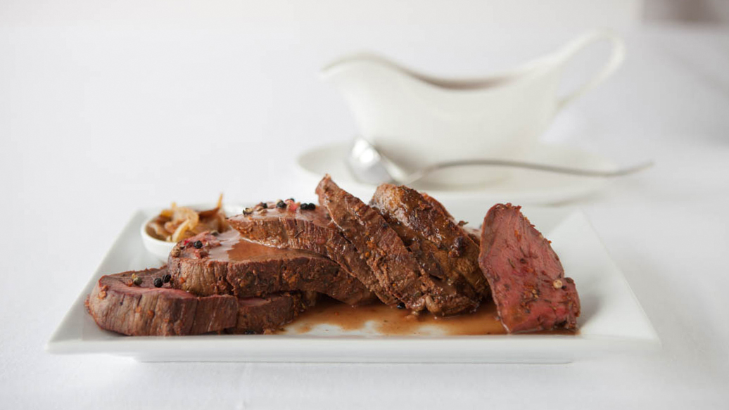 Easy Roasted Beef Tenderloin