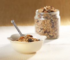 Crunchy 'Apple Pie' Granola