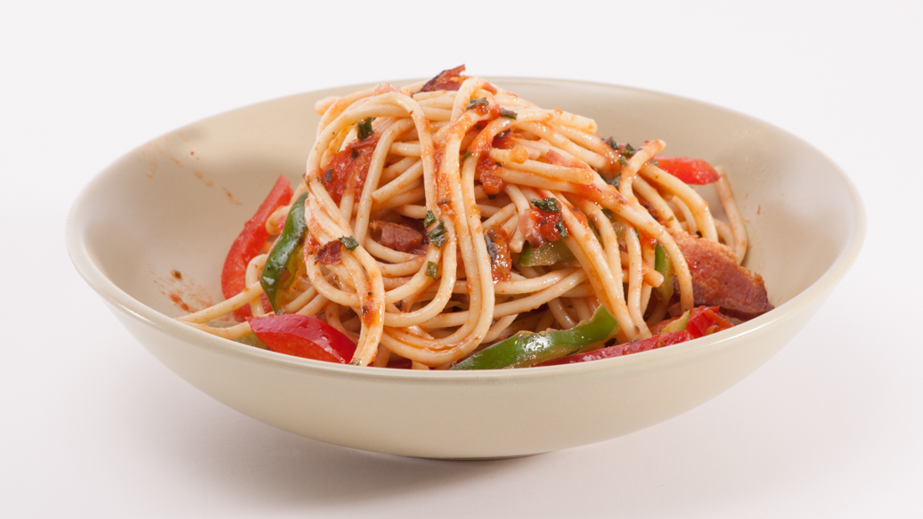 Spaghetti with Pancetta and Peppers